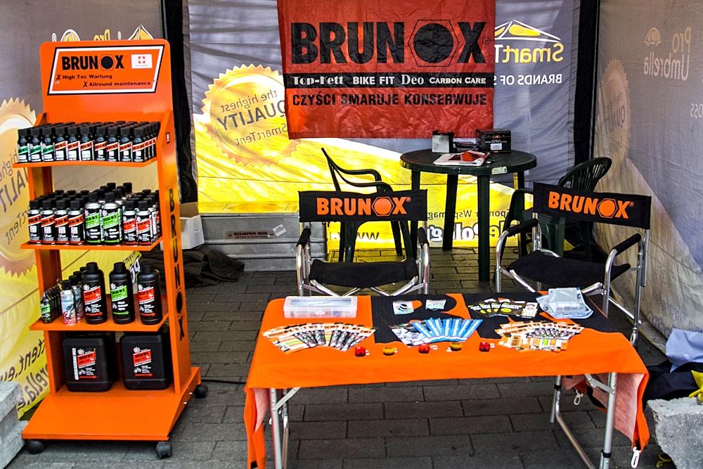 Skandia Maraton Warszawa 2015 stoisko Brunox